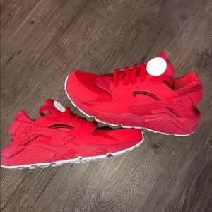 Womens Nike Huaraches Sneakers